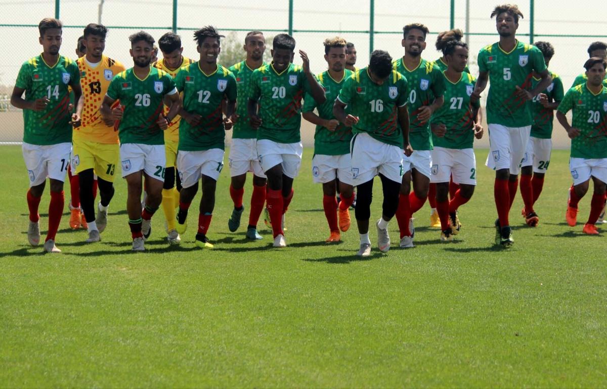 U23 boys begin training in Qatar