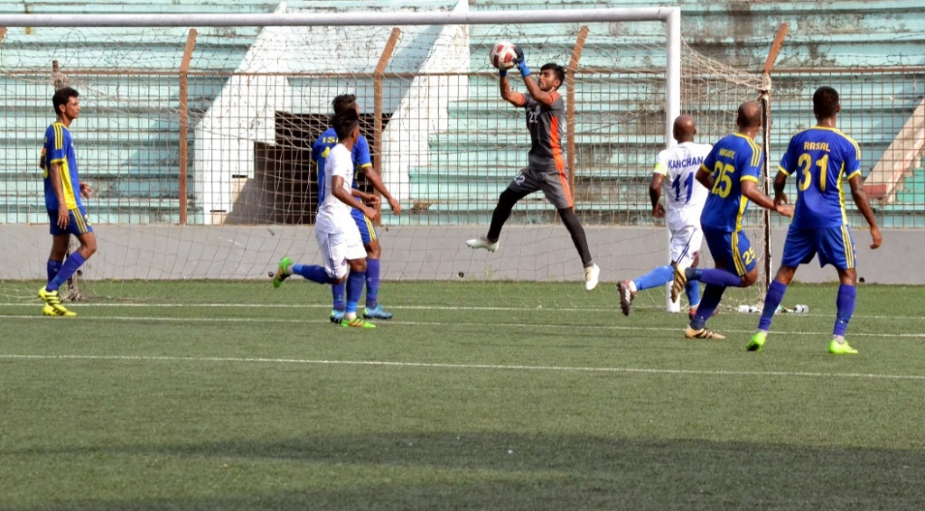 Police FC go 6 pts clear at the top dismantling Dhaka City FC 6-1