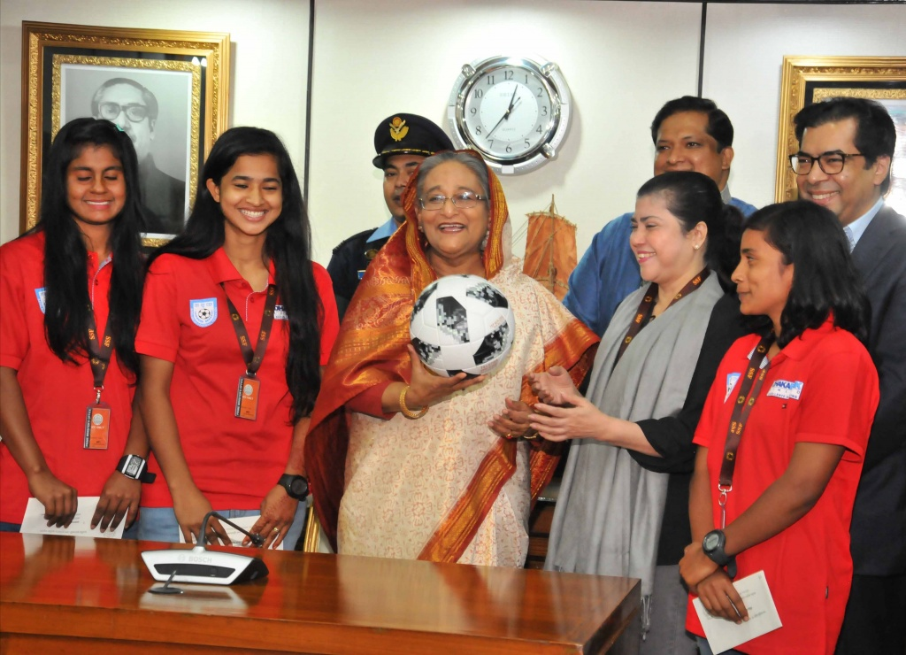 PM awards 10 other U-18 women footballers for SAFF crown