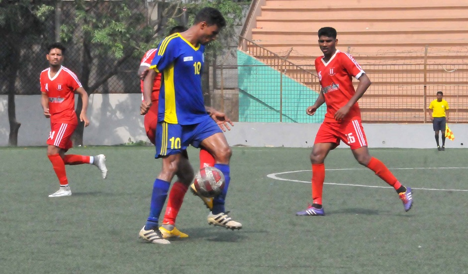 Police get 1-0 win over Wari; Soccer Club, Swadhinata play out goalless draw