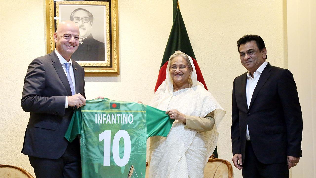 FIFA President meets PM Sheikh Hasina