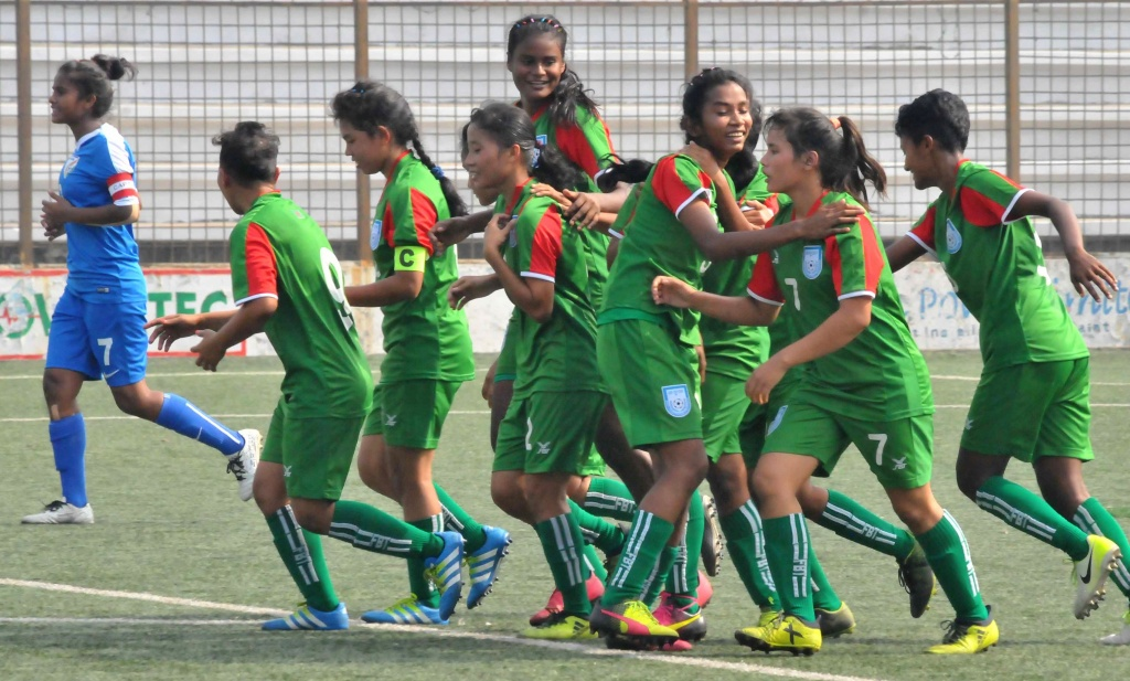 U15 girls brush India aside to top group