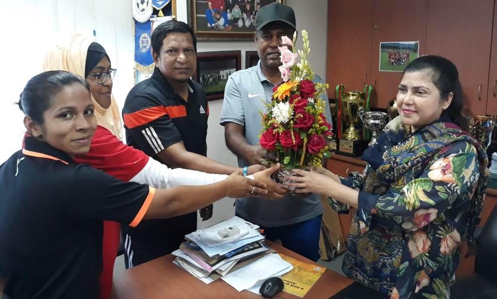 Kiron visits U19 girls, receives floral reception