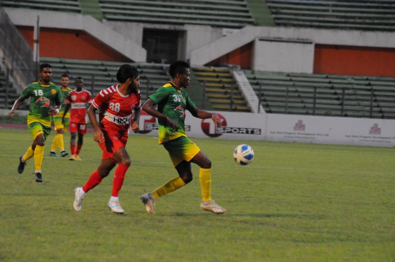 Rahamatganj MFS and Bangladesh Muktijoddha SKC draws the match
