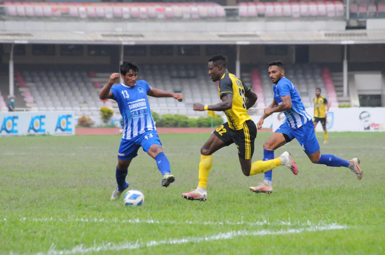 Saif Sporting Club Ltd. defeated Sheikh Russel KC Ltd. by 4-2 goals