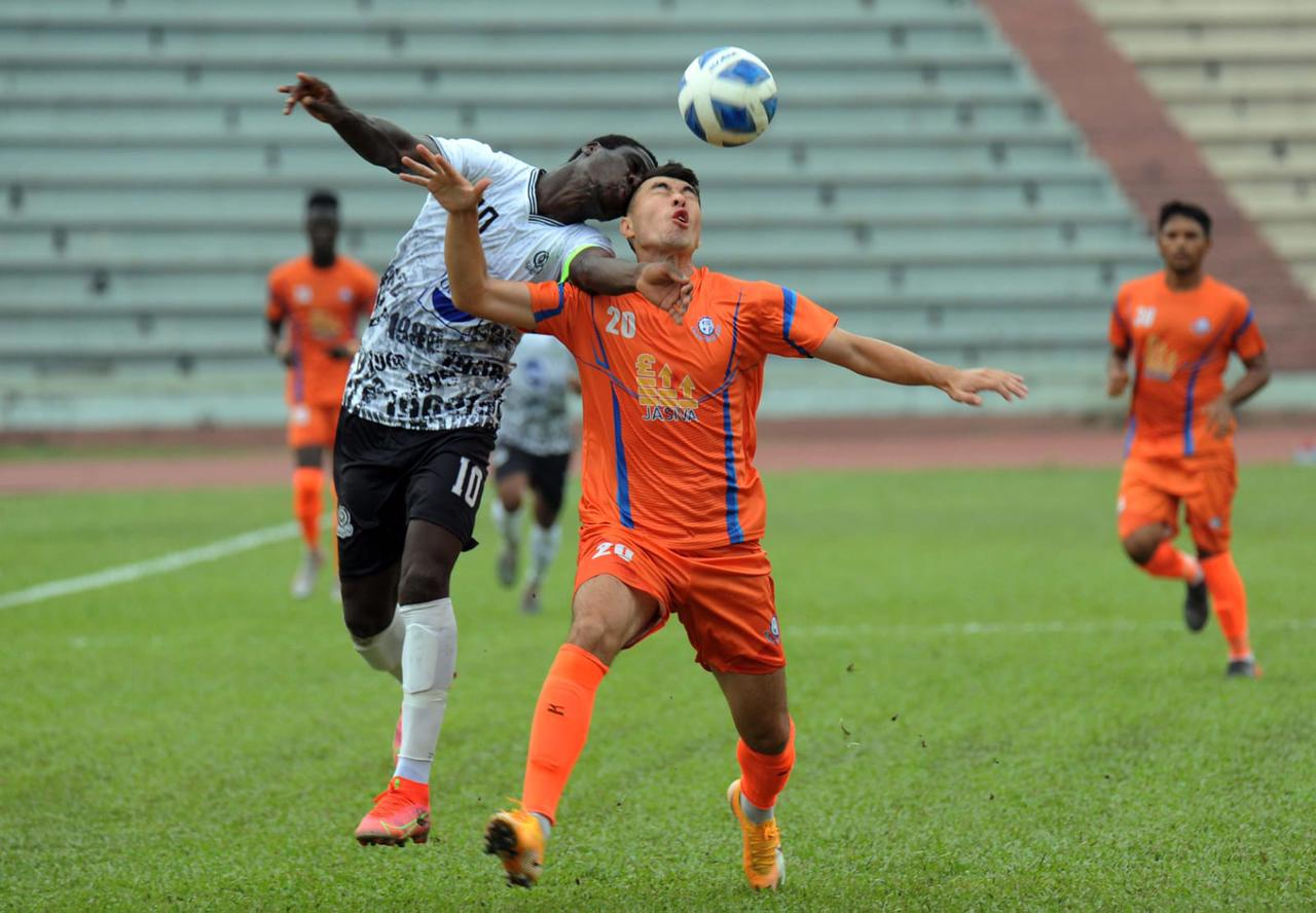 Mohammedan SC defeated Brothers Union Ltd. by 2-0 goals.