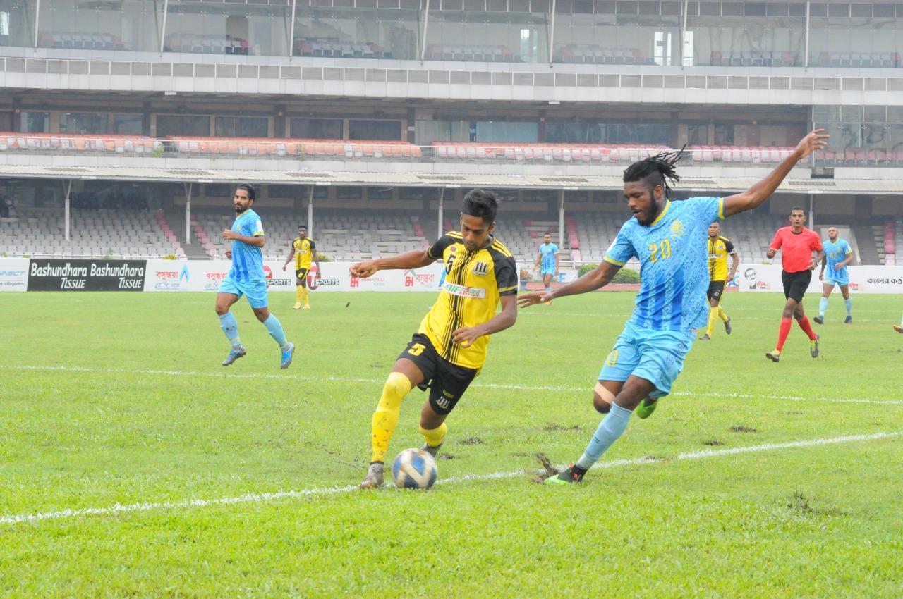Saif Sporting Club Ltd. defeated Abahani Ltd., Dhaka by 3-2 goals